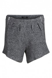 villou shorts front high